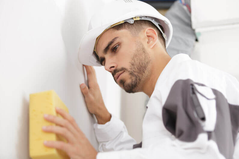 Looking to Hire a Painter?: How to Find the Best Painting Contractor