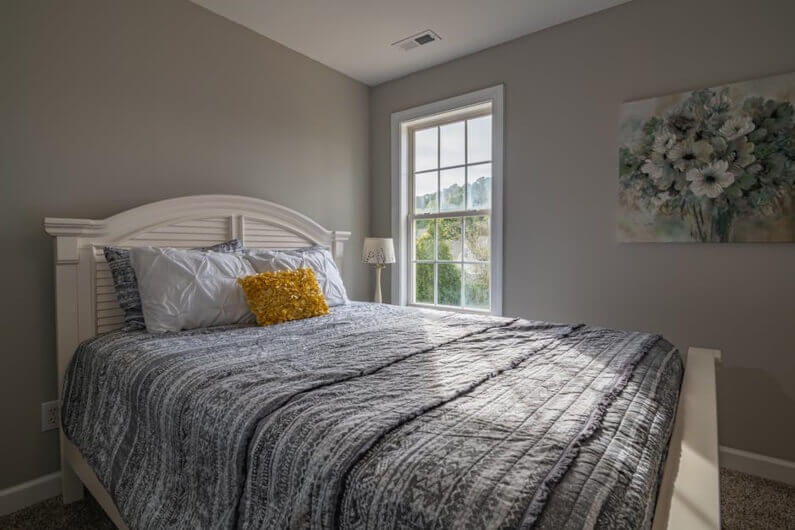 9 Bedroom Paint Colors That'll Look Great in Your Home